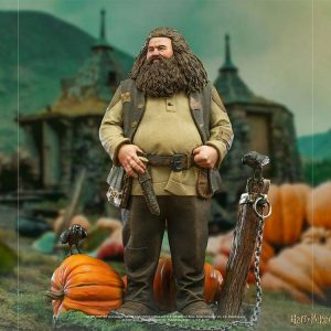 Harry Potter Deluxe Art Scale Statue Hagrid 1/10 Scale Iron Studios UK Animetal harry potter statues UK harry potter figures UK harry potter merchandise UK