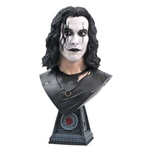 The Crow Legends in 3D Bust 1/2 Eric Draven 25 cm Diamond Select UK the crow eric draven bust 1:2 Scale UK the crow eric draven bust UK Animetal